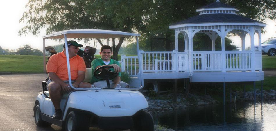 z2_Golfers_Heading_Out